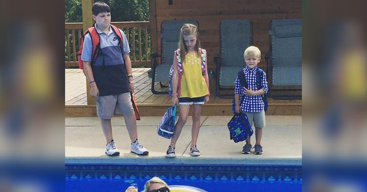 People Can't Stop Cracking Up Over Mom's First Day Back To School Photo