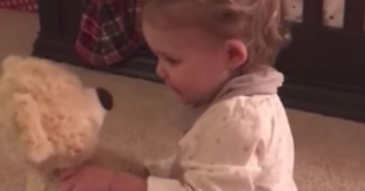 Dad Deployed Overseas Sends Doll With Voice Recorded On It To His Baby, Her Reaction Is Everything