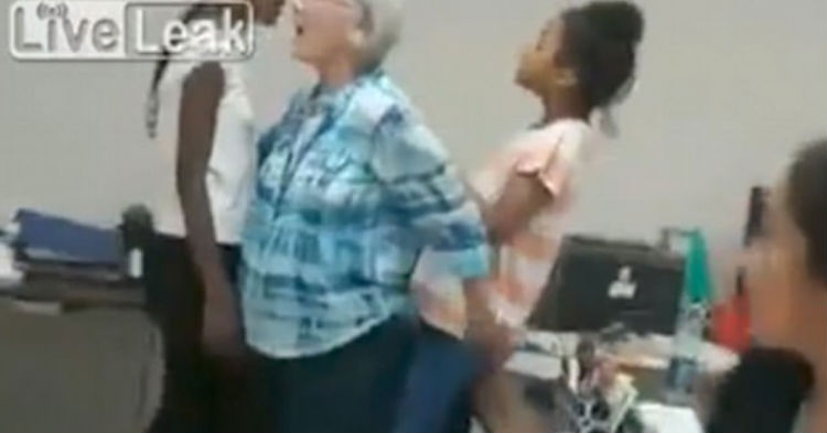 Teacher Goes To Break Up Argument Between Students, The Teens' Reactions Will Make You Sick