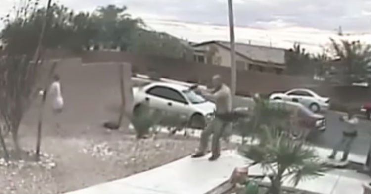 Here's The Video Of A Police Officer Everyone On Facebook Has Been Talking About