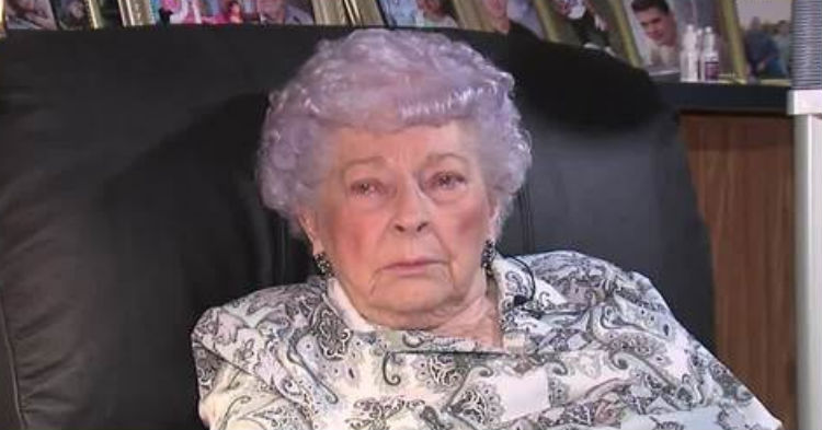 89-Year-Old Lost Her Life Savings From Answering A Phone Call, Has Warning For Others