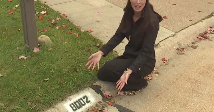 Cops Warn If You See Your House Number Painted On Sidewalk, Don't Answer The Door For The Workers