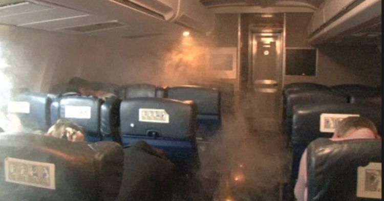 As Plane Fills With Smoke, Flight Crew Makes Announcement No One Saw Coming
