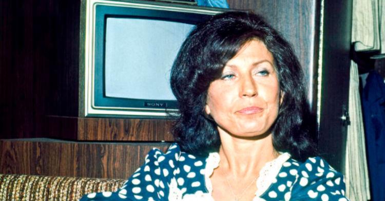 Loretta Lynn Finally Breaks Her Silence, Shares News Everyone Has Been Dreading